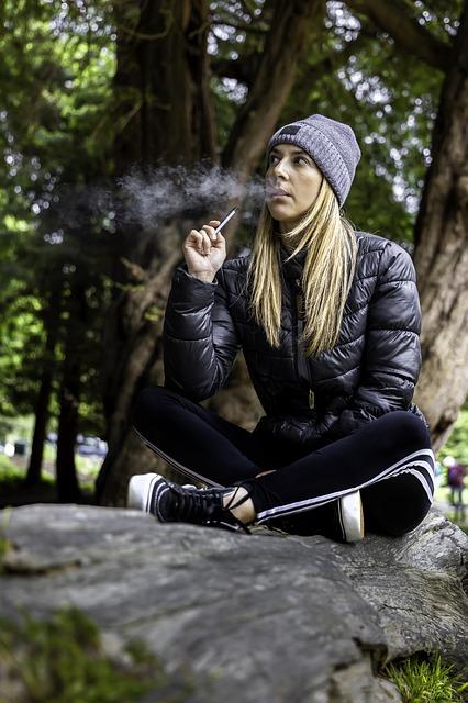 Les fuites de la cigarette électronique entraînent une surconsommation